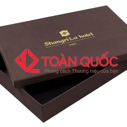 In hộp giấy đựng quần áo thời trang, inhopgiaydungquanaothoitrang